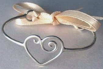 Sterling silver single heart baby bracelet wtih ribbon